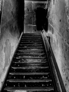 stairs-205718_1280